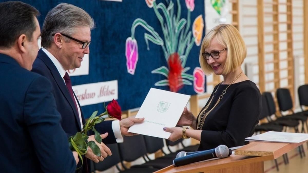 zastępca nauczyciela randki student Falle randkowe