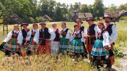 Ostrów Mazowiecka - Zespół Pieśni i Tańca BezWianka otrzymał wyróżnienie w konku