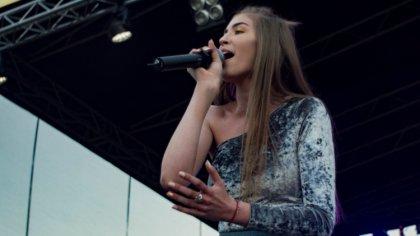 Ostrów Mazowiecka - Finalistka programu The Voice Kids, podczas rozpoczynających