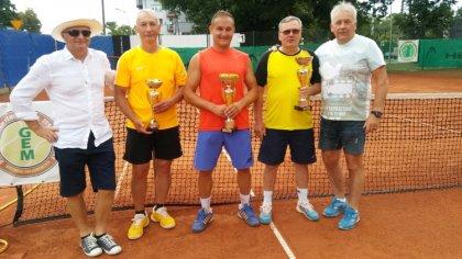 Ostrów Mazowiecka - Daniel Kołakowski pokonał Waldemara Rępę 6:3 6:3 w finale tu