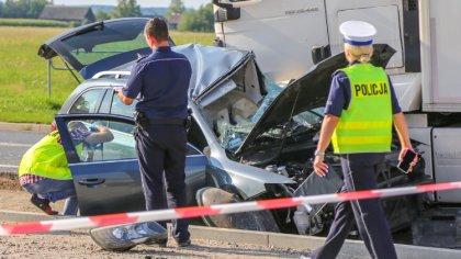 Ostrów Mazowiecka - Jedna osoba zginęła w poważnym wypadku, do którego doszło w
