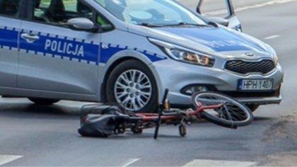 Ostrów Mazowiecka - Do wypadku drogowego z udziałem samochodu osobowego i rowerz