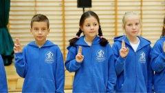 Ostrów Mazowiecka - Młodzi uczniowie z oddziału sportowej Szkoły Podstawowej nr
