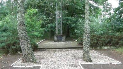 Ostrów Mazowiecka - W podostrowskim Komorowie od roku 1941 funkcjonował obóz jen