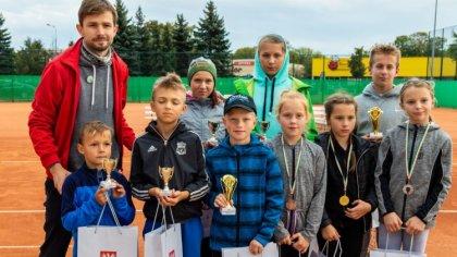 Ostrów Mazowiecka - Zmagania utalentowanej młodzieży na kortach ziemnych przy ul