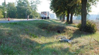 Ostrów Mazowiecka - Do śmiertelnego wypadku rowerzysty doszło w Glinie (gm. Małk