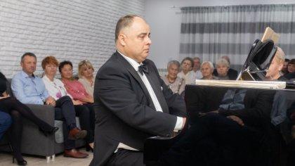 Ostrów Mazowiecka - Najpiękniejsze polonezy Fryderyka Chopina w wykonaniu Andrze
