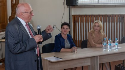 Ostrów Mazowiecka - Kandydaci do rady miasta i gminy Ostrów Mazowiecka Komitetu
