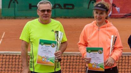 Ostrów Mazowiecka - Bożena Gęsina i Waldemar Rępa zwyciężyli w czwartym turnieju