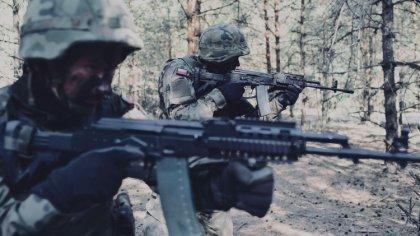 Ostrów Mazowiecka - Żołnierze 5 Mazowieckiej Brygady Obrony Terytorialnej weszli