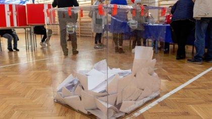 Ostrów Mazowiecka - Około godziny 21.00 zapraszamy na wieczór wyborczy. Podsumuj