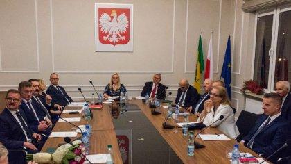 Ostrów Mazowiecka - Przed nami druga sesja rady powiatu w Ostrowi Mazowieckiej.