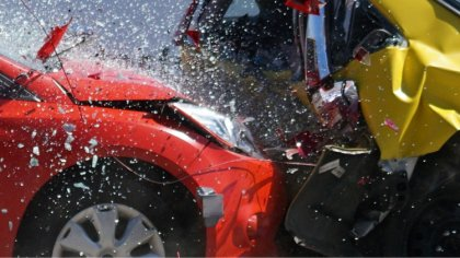 Ostrów Mazowiecka - Siedem samochodów osobowych i jeden ciężarowy zostało uszkod
