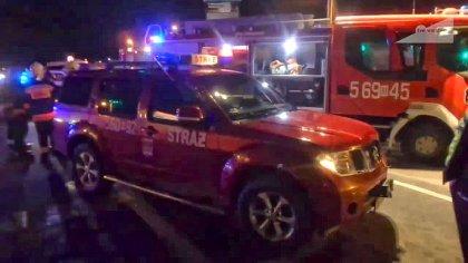 Ostrów Mazowiecka - Dwa busy i trzy samochody osobowe zderzyły się na drodze kra