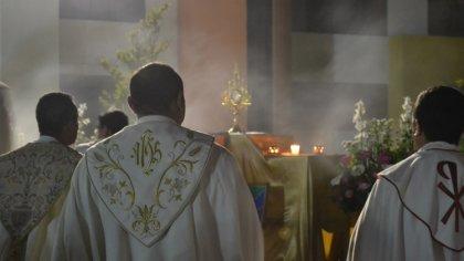 Ostrów Mazowiecka - Od czwartku 27 grudnia w ostrowskich parafiach rozpoczęły si