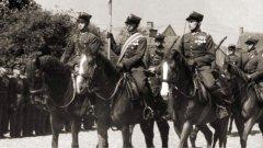 Ostrów Mazowiecka - W imieniu rodzin i sympatyków 18 Pułku Artylerii Lekkiej zap
