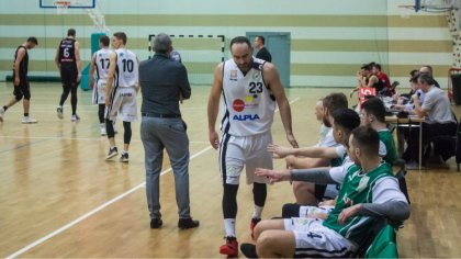 Ostrów Mazowiecka - Koszykarze ostrowskiego Sokoła walczyli ambitnie, ale w hali