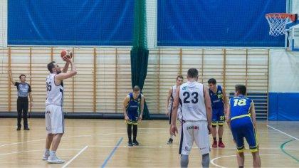 Ostrów Mazowiecka - W trzeciej kolejce II ligi mężczyzn ostrowscy koszykarze pod