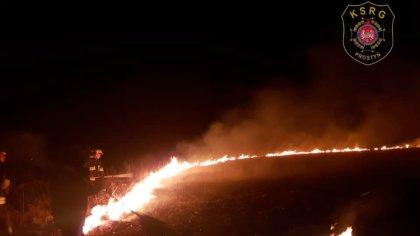 Ostrów Mazowiecka - Jak co roku na wiosnę strażacy mają więcej pracy w związku z