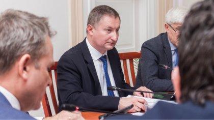 Ostrów Mazowiecka - Podczas dwunastej sesji rady miasta, radni głosowali nad ust