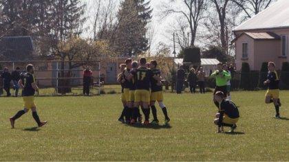 Ostrów Mazowiecka - Ważny mecz wygrali w niedzielę piłkarze GKS Andrzejewo w roz