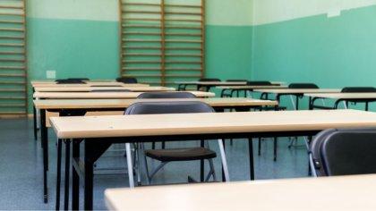 Ostrów Mazowiecka - W ostrowskich podstawówkach trwa drugi dzień egzaminu ósmokl