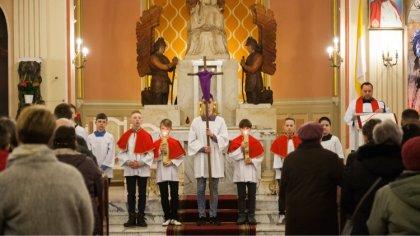 Ostrów Mazowiecka - Zbliża się najważniejszy czas w kalendarzu katolickim, które