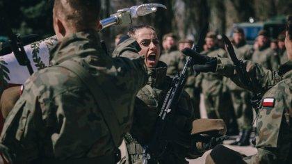 Ostrów Mazowiecka - Na terenie jednostki wojskowej w Ciechanowie odbyła się kole