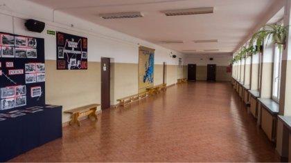 Ostrów Mazowiecka - Nadal trwa strajk nauczycieli w Ostrowi Mazowieckiej. Drugi