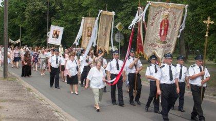 Ostrów Mazowiecka - Zobacz zdjęcia z uroczystości Bożego Ciała w parafii pod wez