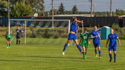 Ostrów Mazowiecka - Podopieczni grającego trenera Karola Dmochowskiego nie zawie