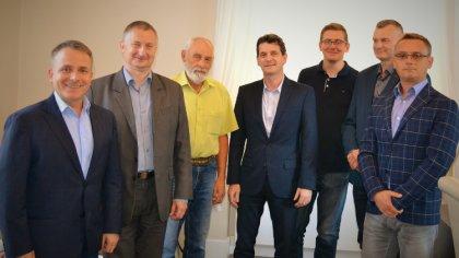 Ostrów Mazowiecka - Władze miasta podpisały umowę na budowę odcinka ulicy Łączne