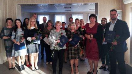 Ostrów Mazowiecka - Uczniowie, nauczyciele, rodzice, dyrekcja oraz przedstawicie