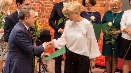 Ostrów Mazowiecka - W budynku Jatek świętowano Miejski Dzień Edukacji Narodowej.