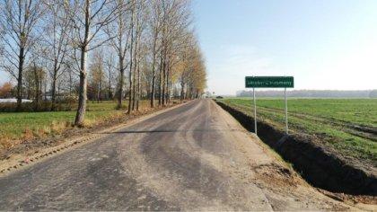 Ostrów Mazowiecka - Droga gminna w miejscowości Zaręby-Choromany została przebud