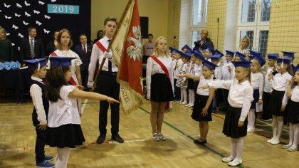 Ostrów Mazowiecka - Długo oczekiwania uroczystość ślubowania klas pierwszych odb