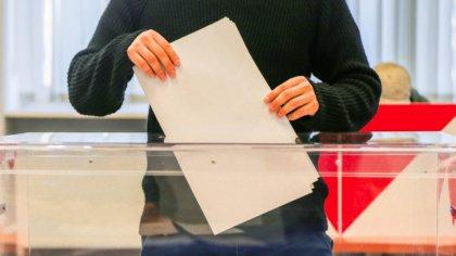 Ostrów Mazowiecka - Zasadność organizowania wyborów prezydenckich 10 maja br. to