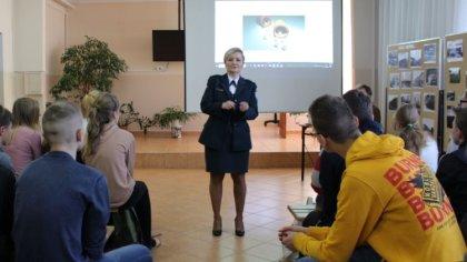 Ostrów Mazowiecka - Uczniowie małkińskiego Staszica wzięli udział w szkoleniu do