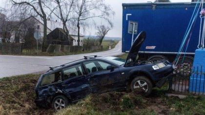 Ostrów Mazowiecka - Kierowca osobowego volkswagena passata nie ustąpił pierwszeń