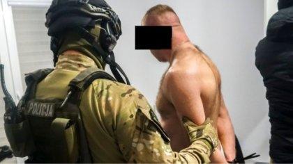 Ostrów Mazowiecka - Trzynaście osób zatrzymanych, jedenaście tymczasowo aresztow