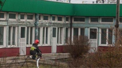 Ostrów Mazowiecka - Do pożaru nieużytkowanego budynku, po byłej szkole podstawow