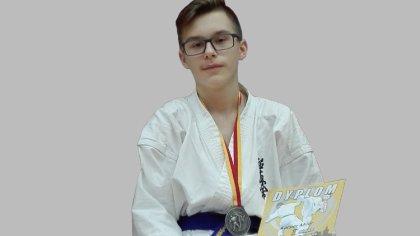 Ostrów Mazowiecka - Kacper Miler to reprezentant Brokowskiego Klubu Karate Kyoku