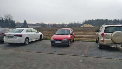 Ostrów Mazowiecka - Zdjęcie kolejnego mistrza parkowania przesłał na redakcyjną