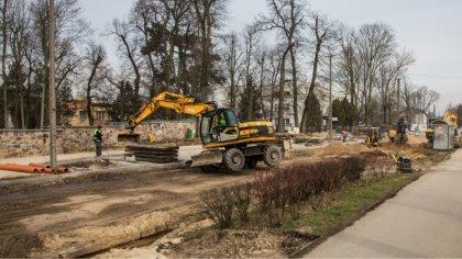 Ostrów Mazowiecka - Prace budowlane na ulicy Kościuszki w Ostrowi Mazowieckiej p