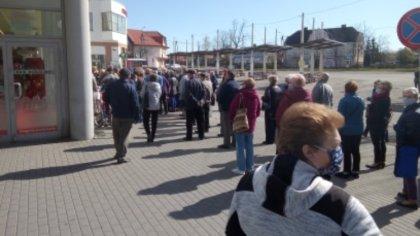 Ostrów Mazowiecka - W czwartek 16 kwietnia pod sklepem Lewiatan przy ul. Widnich