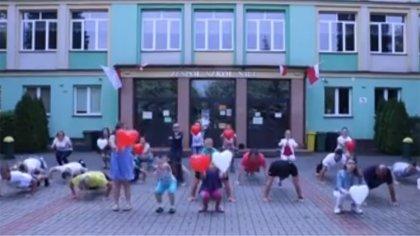 Ostrów Mazowiecka - Społeczność szkolna Zespołu Szkół nr 1 im. rotmistrza Witold