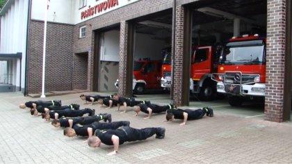 Ostrów Mazowiecka - Ostrowscy strażacy podnieśli rękawicę i przyjęli wyzwanie w