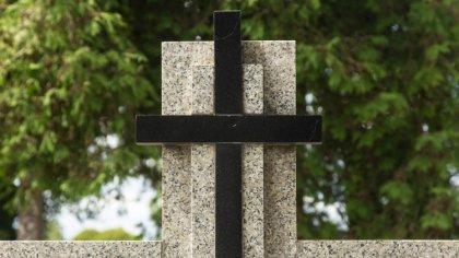 Ostrów Mazowiecka - W ostatnich dniach do wieczności odeszli: Edward Waniewski,