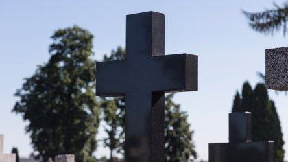 Ostrów Mazowiecka - Uroczystości pogrzebowe zmarłego w sobotę 17 kwietnia Tomasz