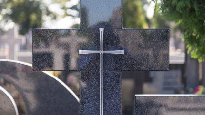 Ostrów Mazowiecka - W ostatnich dniach do wieczności odeszli: Józefa Przeździec